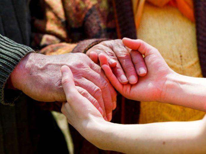 Parkinson's disease symptoms, causes, diagnosis & treatment